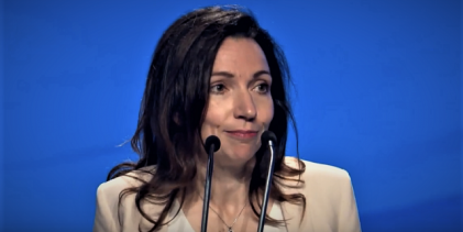 Martine Ouellet's leadership style : Danielle Make-Over & Several hundred Bloc Québécois members are gathering in Drummondville, Que