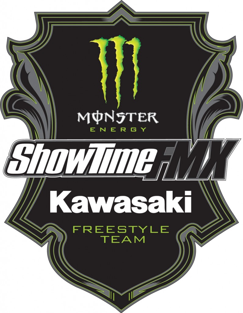 4_monster_energy_showtime_fmx_kawasaki