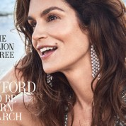 Cindy-Crawford-Town-Country-May-2018-00