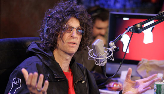 howard-stern-hands-up1